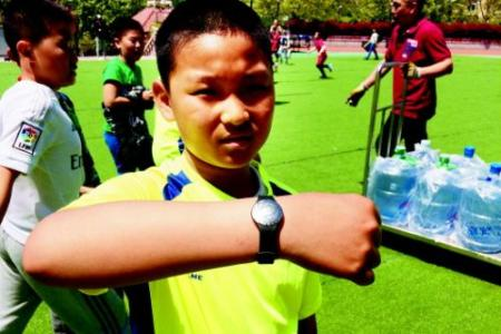 蓝牙手环实现体育教学智能化